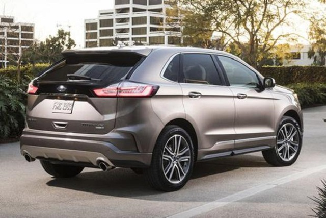 2020 Ford Edge rear