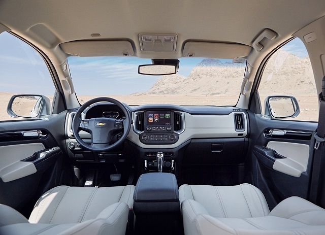 2020 Chevy Trailblazer cabin