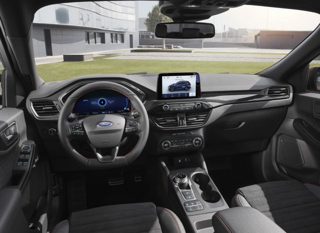 2020 Ford Kuga interior look