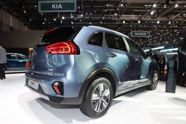 2020 Kia Niro EV plug-in hybrid rear
