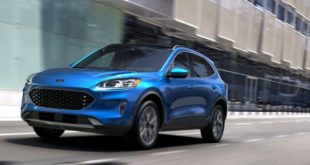 2021 Ford Escape front